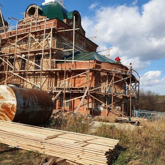 Реконструкционные работы церкви в селе Стяжкино